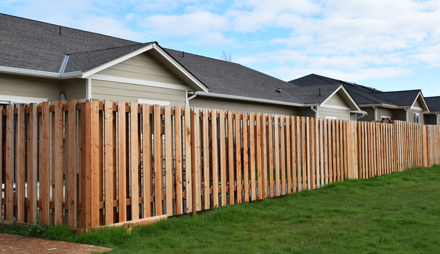 Green Crow Construction: Redwood Fence